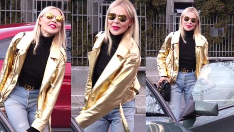 Maja Sablewska w złotej kurtce życzy szczęśliwego Nowego Roku