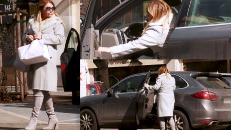 Katarzyna Niezgoda pędzi Porsche po ciastka WIDEO