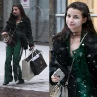 Wieniawa ślizga się na śniegu z luksusowymi siatkami (WIDEO)