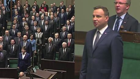 Duda śpiewa hymn na inauguracji nowego Sejmu