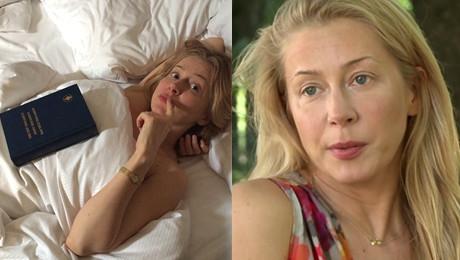 Aktorka pozuje z Biblią w łóżku To nie jest negliż Jestem wielbicielką Nowego Testamentu